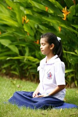 girl-481259_1280